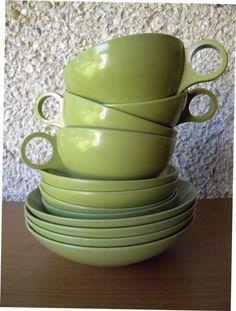 Home >      Search Results >      bodegaofplenty    Vintage Melmac Breakfast Set in Avocado Green by Oneida OD, 12 Pieces