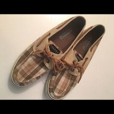 Sperry's size 10  Size 10 gently used Sperry's! Awesome brown plaid pattern with nice solid soles and leather laces. These shoes are the hottest style for the Spring and Summer seasons! These won't be around long so be sure to get them while you can!! Sperry Top-Sider Shoes Flats & Loafers