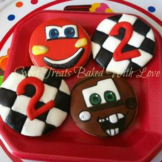 """""""Cars"""" cookies Sweet Treats Baked With Love Car Cookies, Disney Cookies, Cookies For Kids, Fancy Cookies, Cupcake Cookies, Car Themed Parties, Cars Birthday Parties, 2nd Birthday, Candy Bar Decoracion"""