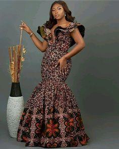 African Fashion Ankara, Latest African Fashion Dresses, African Print Fashion, Fashion Prints, African Attire, African Wear, Short African Dresses, Ankara Styles For Women, Classy Dress