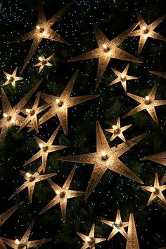 Stars on Canvas. There were no directions on how to make this but it looks like a painted background on canvas, then cut out stars glued on and clear Christmas lights coming through. It's so pretty, I think it would be a great project! What a wonderful nightlight for a kids room!        reblogged by L'Art de la Curiosité