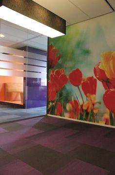 Office Digital Wallpaper/Fotobehang Tulips - BN Wallcoverings