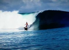 Surfing holidays is a surfing vlog with instructional surf videos, fails and big waves Offshore Wind, Standup Paddle Board, Sup Surf, Learn To Surf, Big Waves, Paddle Boarding, Stand Up, Surfing, Boat