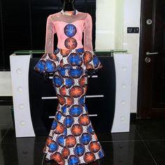 5 Top African Fashions for Men – Designer Fashion Tips African Print Fashion, Africa Fashion, African Fashion Dresses, African Attire, African Wear, African Women, Ankara Skirt And Blouse, Ankara Dress, Slit And Kaba Styles