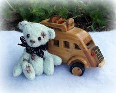 artiste miniature d'ours / artist miniature bear