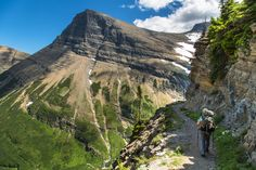 Corrie and Mt. Grinnell -- Logan Pass to Many Glacier Via Highline and Swiftcurrent Pass Trails, Glacier National Park, Montana | pinned by haw-creek.com