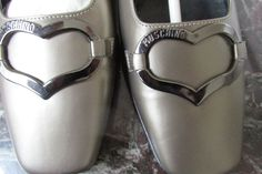 NEW! IN BOX MOSCHINO VINTAGE PEWTER METALLIC PUMPS SAKS 5TH AVE.  SHOES 37.5 #Moschino #PumpsClassics #SpecialOccasion