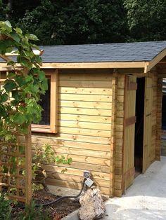1000 images about abri de jardin on pinterest chalets bricolage and house - Abri de jardin entrepot du bricolage ...