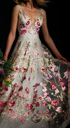 Evening Dresses, Prom Dresses, Formal Dresses, Wedding Dresses, Beautiful Gowns, Beautiful Outfits, Pretty Outfits, Pretty Dresses, Moda Floral