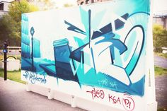 VESTIGES / ART DE RUE / NOTRE-DAME OUEST / MONTREAL 2014 Credits: Kelly Jacob #vestigesndo @Ashop #ashop #artderue #streetart #fantomesmontreal #montrealghosts #guidatour #vieuxmontreal #oldmontreal #ndo #notredameouest #fleo