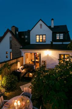 Oclock, Home Fashion, House Ideas, Exterior, Windows, Flooring, Mansions, House Styles, Home Decor