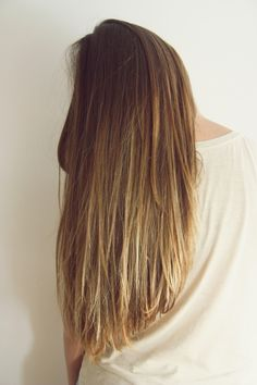 subtle ombre. Im in love with this hair