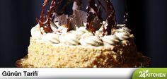 24Kitchen'da pazartesi günlerini kutlamaya devam ediyoruz. Elbette Rudolph van Veen'in muhteşem pastalarının girdiği eve pazartesi stresi giremez! #gününtarifi: Mokalı Mereng Pasta