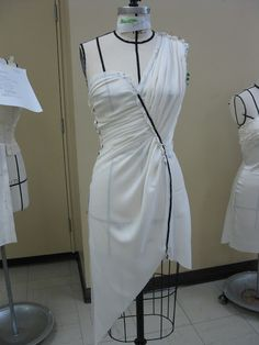 Shoes Are My Muse: Draping Game On