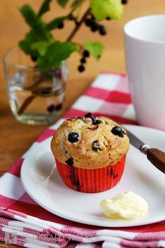 Sunday morning breakfast with fresh home made blackcurrant muffins. (Harald Walker)