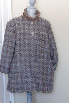 Winter lined wool coat by DATChameleon on Etsy Victorian Coat, Swing Coats, Wool Coat, High Neck Dress, Retro, Winter, Jackets, Dresses, Fashion
