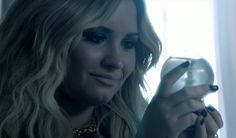 Watch Demi Lovato's new music video for Let It Go, from Frozen. Nice to see her back with Disney after all that stuff that happened in her life Let It Go Music, Let It Be, Disney And More, Disney Love, Disney Stuff, Walt Disney, Let It Go Video, Pop Rock Music, Disney Music