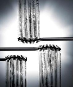 Rimelde kirpik dibine ulasmak icin duz uclu fircalari tercih edin #fotobilgi #chicscience #kozmetik