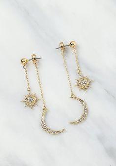 Gold Starburst Stud Earrings – Sparkly star earrings/ Astrology earrings/ Celestial earrings/ Gold star studs/ Sunburst studs/ Gifts for her – Fine Jewelry Ideas – Beautiful Jewelry Diamond Jewelry, Gold Jewelry, Jewelry Accessories, Jewelry Necklaces, Women Jewelry, Jewelry Design, Gold Bracelets, Antique Jewelry, Gemstone Jewelry