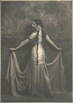 Look at this amazing photo of Mata Hari!! I haven't seen this one! I have the shot of this costume and hair from the back - love that the hair looks very ATS. :-)