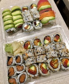 Find images and videos about food, healthy and japanese on We Heart It - the app to get lost in what you love. Think Food, I Love Food, Good Food, Yummy Food, Tasty, Sushi, Healthy Snacks, Healthy Recipes, Eat This