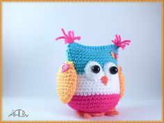 These 92 free Crochet Owl Patterns that are just brilliantly smart, amazingly budget-friendly and insanely cute! Crochet owls will just be Owl Crochet Patterns, Crochet Owls, Owl Patterns, Crochet Pillow, Cotton Crochet, Love Crochet, Amigurumi Patterns, Amigurumi Doll, Crochet Animals