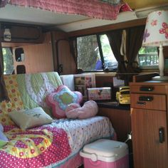 Previous Pinner: The interior of my VW Camper from my first camping trip. Vintage Campers Trailers, Retro Campers, Cool Campers, Camper Trailers, Glamping, Vw Camping, Camping Style, Volkswagen Interior, Campervan Interior