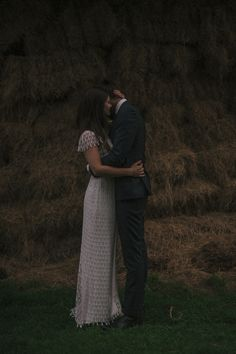newlyweds hugging in the dark / Melissa Milis Photography