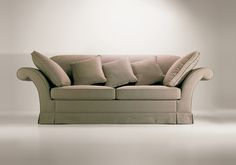 22003 // Decca // Traditional Collection // Soft Sofa with Cushions