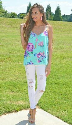 This Bright & Breezy Floral Top Is Calling Your Name!!