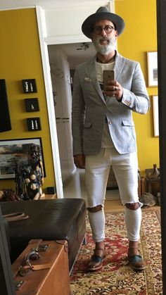 Gents Fashion, Hipster Fashion, Hipster Style, Fashion Men, Older Mens Fashion, Mature Fashion, Stylish Men, Men Casual, Bald Men Style