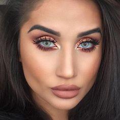 Solotica Hidrocor Quartzo on the gorgeous Available with and withou. Ysl Beauty, Beauty Makeup Tips, Makeup Geek, Beauty Skin, Eye Makeup, Hair Makeup, Blush Makeup, Flawless Makeup, Aqua Blue