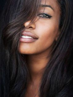Natural Makeup Shanel Chase Age: 33 Job: Model Spouse: Trip Bday: - You only need to know some tricks to achieve a perfect image in a short time. Ebony Beauty, Dark Beauty, Beauty Skin, Beauty Makeup, Make Up Looks, African Beauty, Beautiful Black Women, Beautiful Eyes, Beautiful Pictures