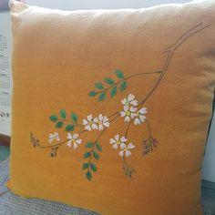 찔레꽃쿠션  #야생화자수 #embroidery