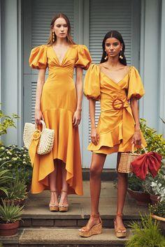 Sachin & Babi Spring 2020 Ready-to-Wear Fashion Show - Magazine De Défilé De Mode Sexy Maxi Dress, Maxi Dress With Sleeves, Sexy Dresses, Fashion Dresses, Stylish Dresses, Swag Dress, Stylish Outfits, 2020 Fashion Trends, Fashion 2020