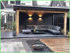 Betonwand auf der Veranda / Garten / Terrasse / Dach Concrete wall on the veranda / garden / terrace / roof, wall roof Backyard Patio Designs, Pergola Patio, Backyard Landscaping, Patio Stone, Patio Privacy, Flagstone Patio, Concrete Patio, Patio Table, Concrete Steps