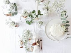 Auf der Mammilade|n-Seite des Lebens: Frohe Ostern | Frühlingstisch mit Mut zum Schleierkraut, einer leichten Möhren-Mandel-Torte & DIY-Serviettenring-Alternativen aus Furnierholz