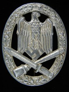 War Badges of the Wehrmacht (World War II German Army) page of the German World War II Medals, Awards and decorations. An apolitical history site. Airborne Army, Where Eagles Dare, Military Awards, German Uniforms, Military Insignia, German Army, World War Ii, Wwii, Badge