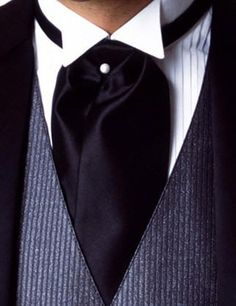 The well dressed gentlemen.