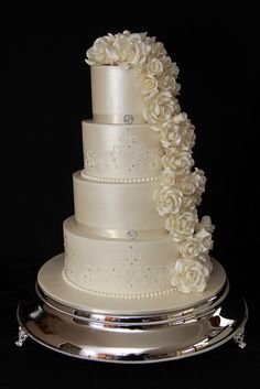 John & Stacey by Designer Cakes By Effie, via Flickr