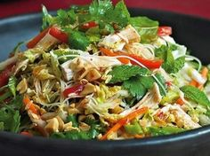 Thermomix Recipe Vietnamese chicken noodle salad by - Recipe of category Main dishes - meat Vietnamese Chicken Salad, Vietnamese Recipes, Asian Recipes, Ethnic Recipes, Szechuan Recipes, Meat Recipes, Cooking Recipes, Healthy Recipes, Noodle Recipes