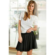 Blouse manches courte en dentelle Brigitte Bardot, Bardot Clothing, Paulette Magazine, Aesthetic Look, Beautiful Outfits, Skater Skirt, Chiffon, Dressing, Collection