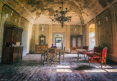 Conacul Komaromi | Bihor in imagini Perfect Place, Architecture Design, Medieval, Interior Design, Studio, Places, Painting, Castle Interiors, Home Decor