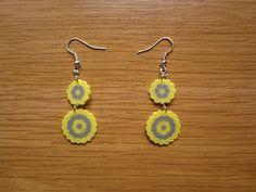 Pendientes doble circulo amarillo y gris hama beads by Ursula