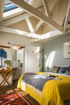 The Mousehole Fish Store, Luxury Self-catering Home in Mousehole