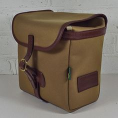 Buy the Original Peter Classic 7-inch record hunting bag (Khaki) now for 165.00 GBP