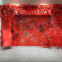 """DOVER STREET MARKET GINZA, Tokyo, Japan, """"The Louis Vuitton Men's Pop-Up Store"""", photo by Visual Market Tokyo, pinned by Ton van der Veer Pink Bar, Office Christmas Decorations, Pop Up Bar, Dover Street Market, Christmas Pops, Behind The Glass, Store Windows, Retail Interior, Popup"""