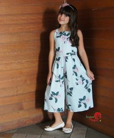 Kids Summer Dresses, Stylish Dresses For Girls, Frocks For Girls, Dresses Kids Girl, Girl Outfits, Baby Frocks Designs, Kids Frocks Design, Kids Dress Collection, Frock For Women