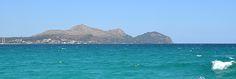 Mallorca Alcanada Beach mountain sea boat Майорка Альканада море горы вода яхта