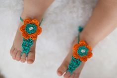 Barefoot sandals! Too Cute!!! My baby girls needed these! They would have been so cute with their little cloth diapers and these!